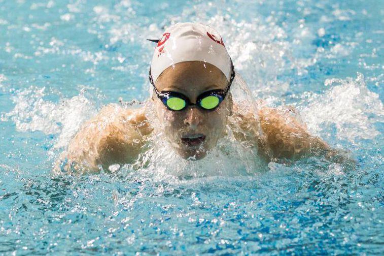 Katerine Savarda encore de belles années de natation... (Photo Olivier PontBriand, Archives La Presse)