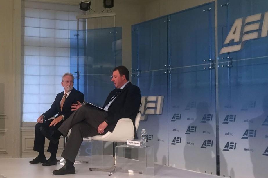James Mitchell (à gauche) est l'un des deux... (photo Thomas WATKINS, Agence France-Presse)