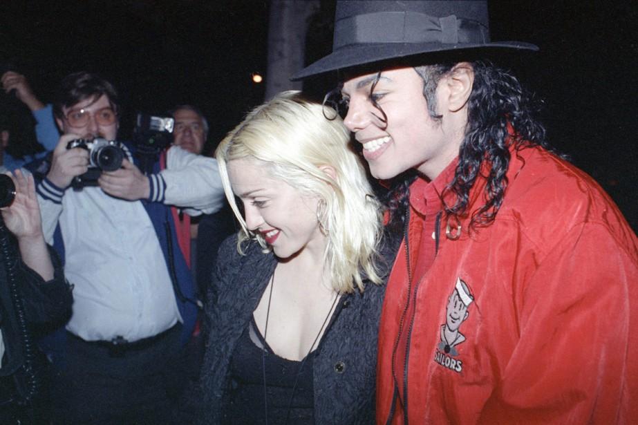 Madonna et Michael Jackson lors d'une sortie dans... (archives Associated Press)