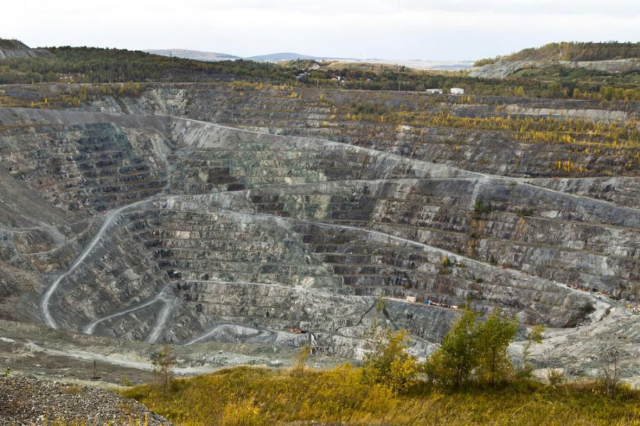 La mine d'amiante Jeffrey, à Asbestos... (PHOTO MARTIN CHAMBERLAND, ARCHIVES LA PRESSE)