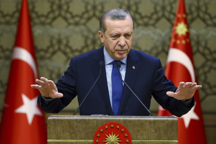 Turkey's President Recep Tayyip Erdogan addresses local administrators... (PHOTO Kayhan Ozer, ARCHIVES AP/PRÉSIDENCE TURQUE)