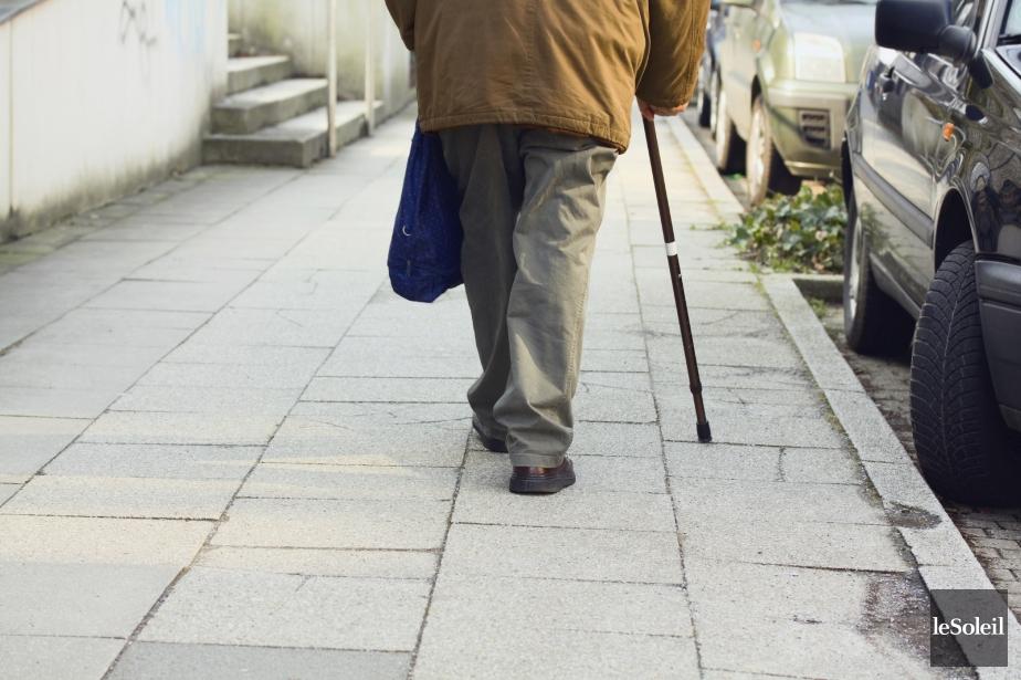 Le Québec compte environ 100 000 aînés de... (Photothèque Le Soleil)