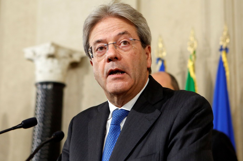 Paolo Gentiloni... (Photo Remo Casilli, REUTERS)