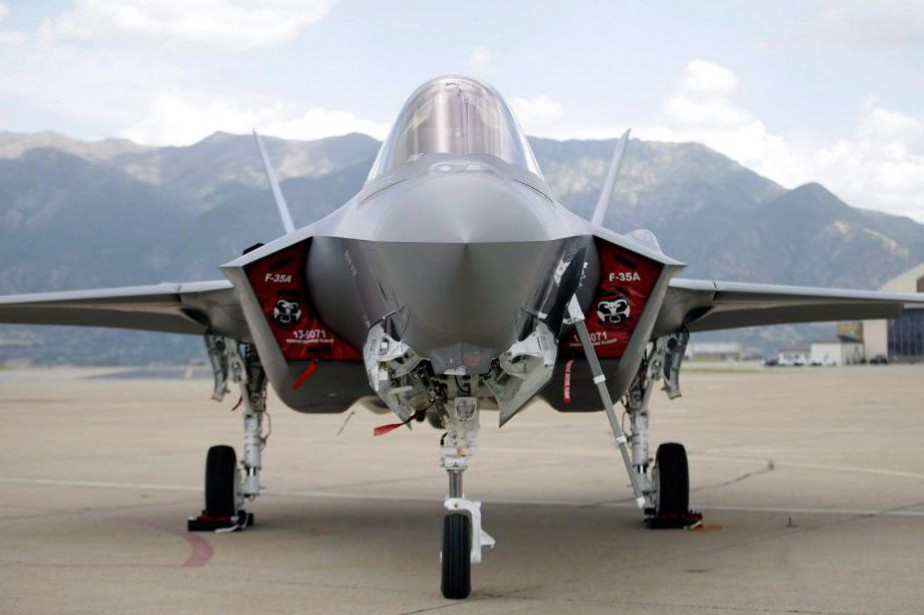 Chasseur bombardier furtif, le F-35 est destiné à...