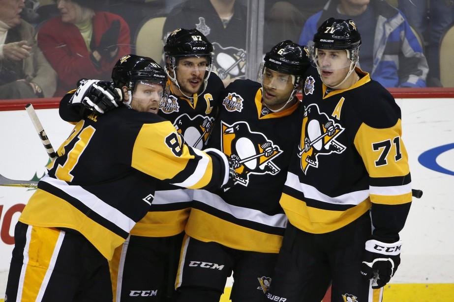 Sidney Crosby a réussi un 21e but et les Penguins de Pittsburgh... (Photo AP)