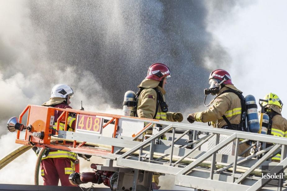 Un incendie qui a éclaté tôt mercredi dans une... (Photo archives Le Soleil)