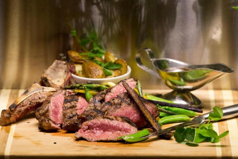 Le restaurant Maggie Oakes sert notamment de la... (Photo François Roy, La Presse)