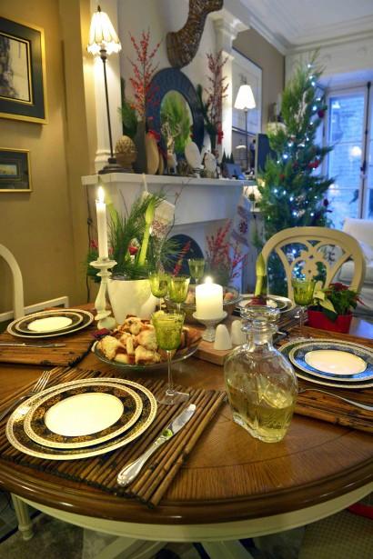 Marie Baillargeon croit que même un petit condo mérite d'être décoré pour Noël. (Le Soleil, Jean-Marie Villeneuve)
