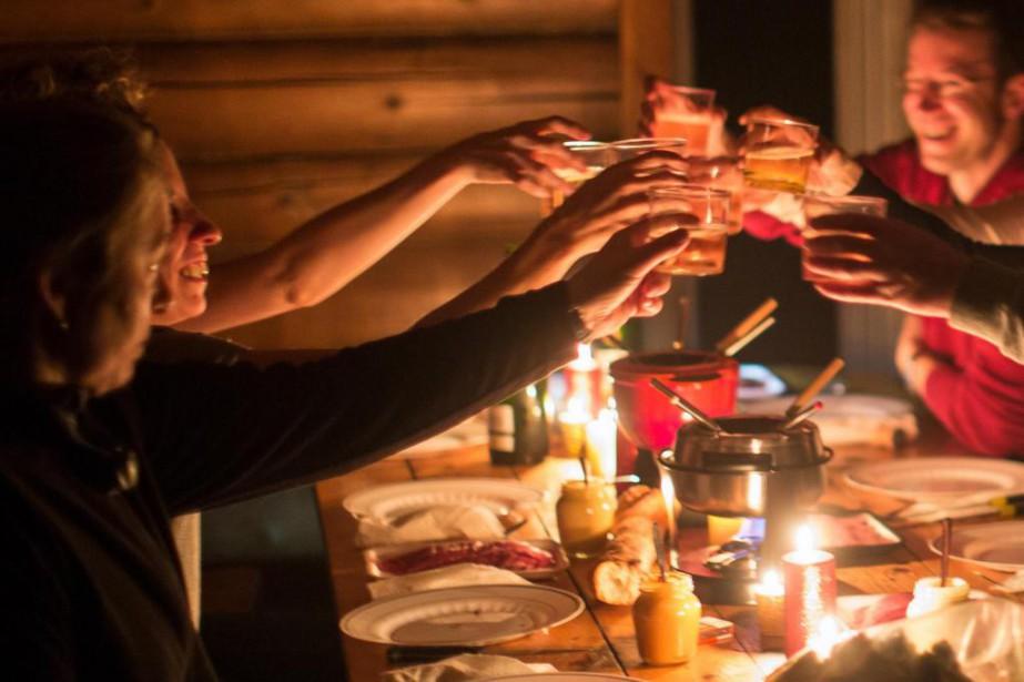 Vous planifiez des soirées arrosées au cours de... (Photo Olivier PontBriand, Archives La Presse)