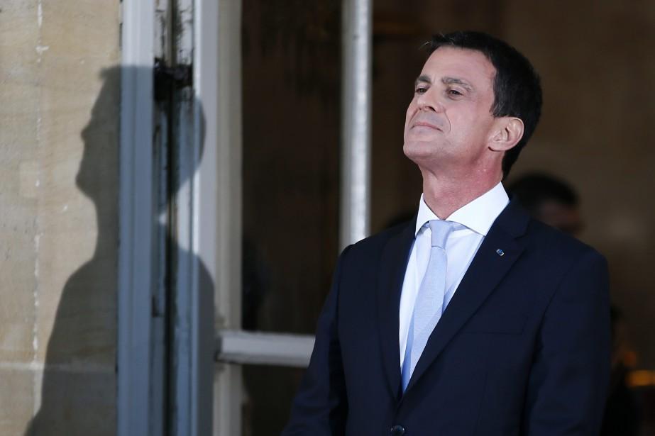 Manuel Valls a démissionné de son poste de... (Archives AP, Francois Mori)