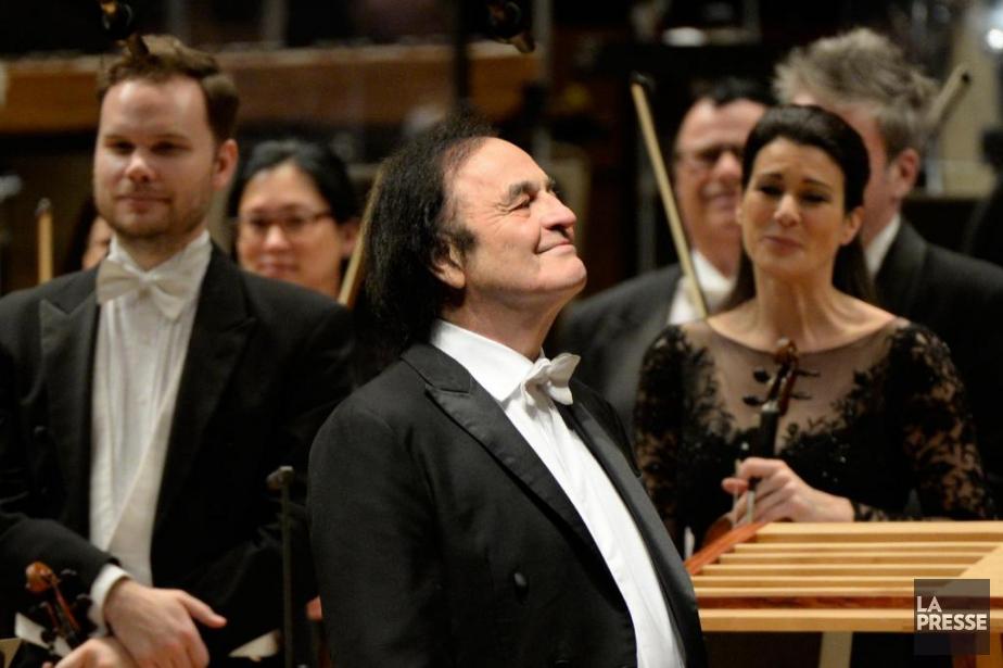Le chef d'orchestre Charles Dutoit avec l'OSM... (PhotoBERNARD BRAULT, Archives LA PRESSE)