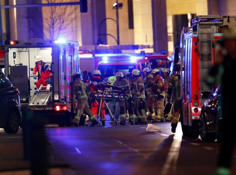 Au moins 50 personnes auraient été blessées et neuf seraient décédées. (Photo REUTERS)