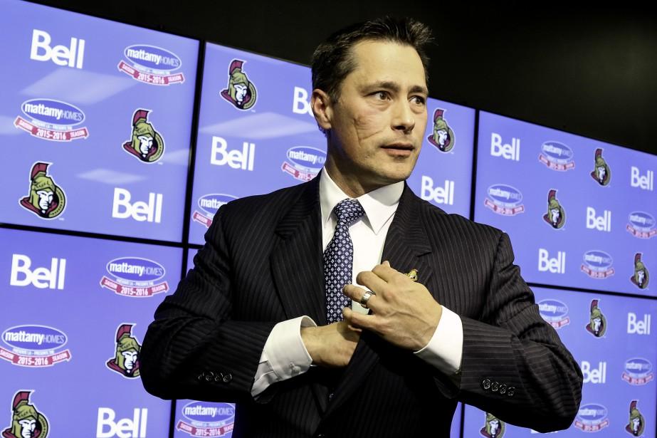 Guy Boucher a été nommé entraîneur-chef des Sénateurs d'Ottawa, le 9 mai dernier. | 19 décembre 2016