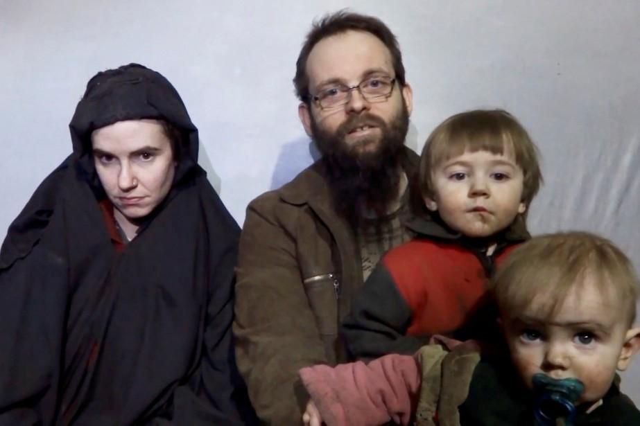 Joshua Boyle et sa femme américaine, Caitlan Coleman,... (PHOTO REUTERS)