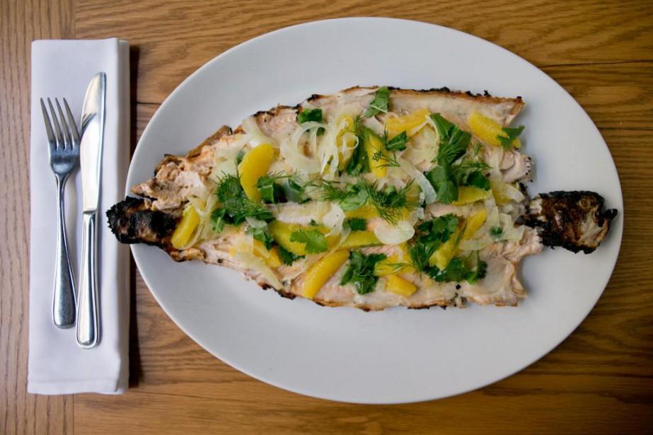 Avec sa cuisson rapide, le poisson peut sauver... (PHOTO DAVID BOILY, LA PRESSE)