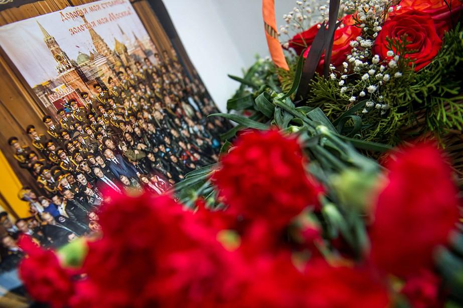 Les choeurs de l'Armée rouge se rendaient en Syrie pour célébrer le Nouvel An avec les troupes russes qui y sont basées. (PHOTO AFP)