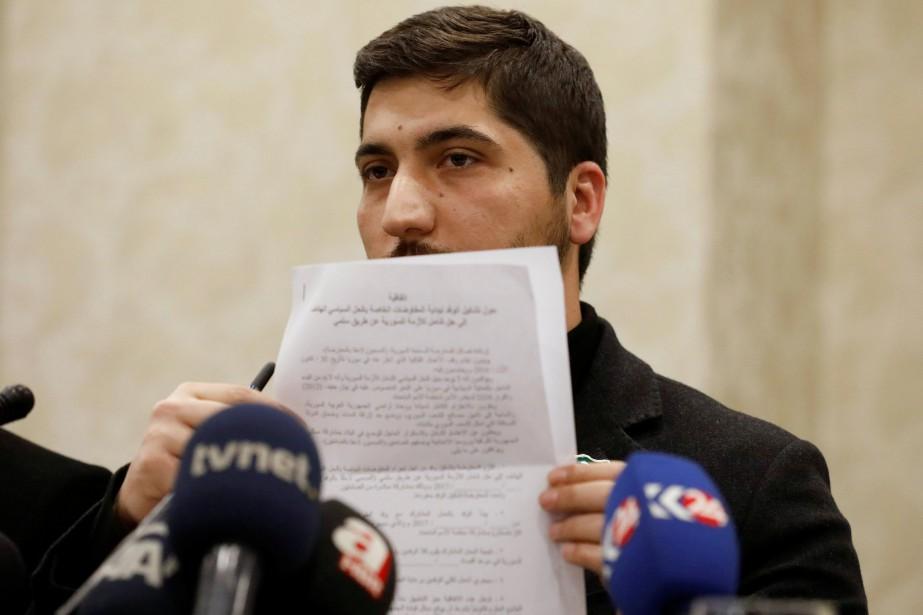 Osama Abu Zaid, porte-parole de l'Armée syrienne libre,... (Photo Umit Bektas, REUTERS)
