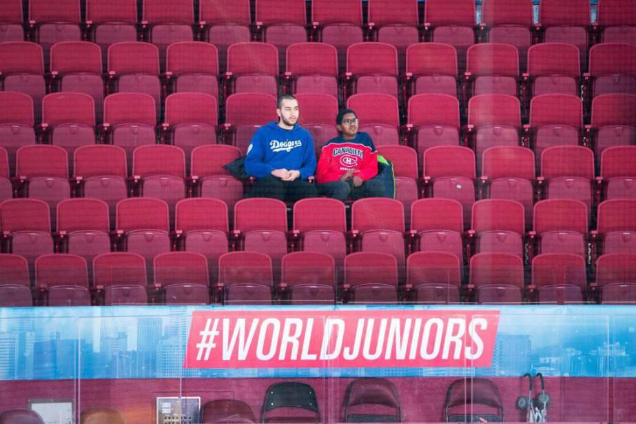 Le match entre la Suisse et la Suède... (PhotoRyan Remiorz, La Presse canadienne)