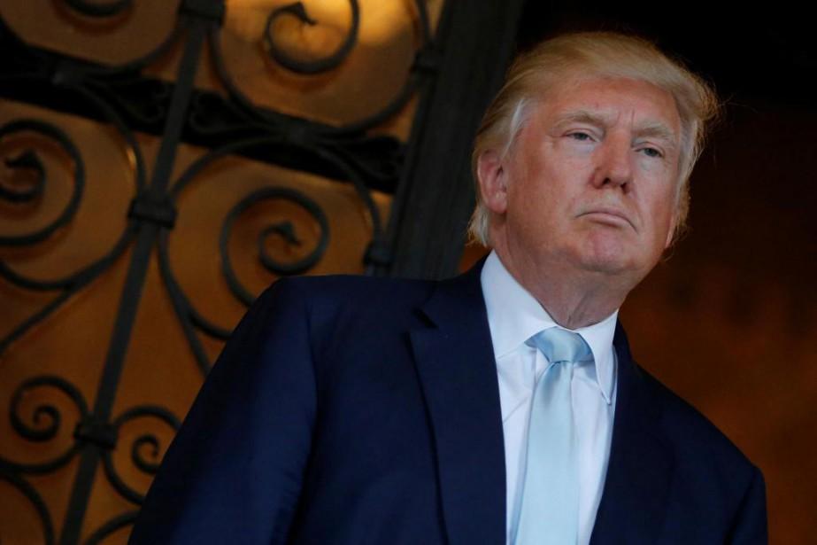 Donald Trump réclame 10millions de dollars aux chefs... (photo jonathan ernst, archives reuters)