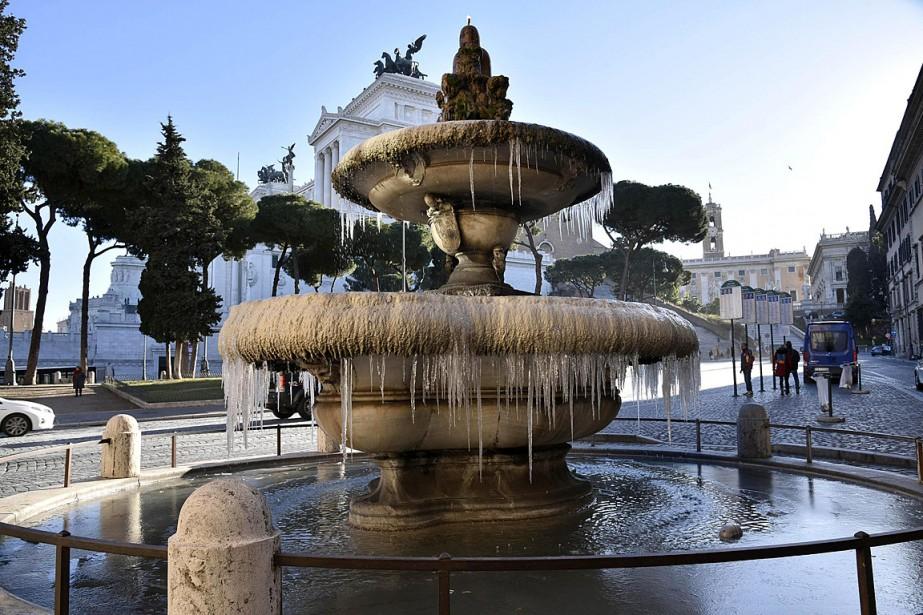 Une fontaine de Rome... (Photo Giorgio Onorati, AP/ANSA)