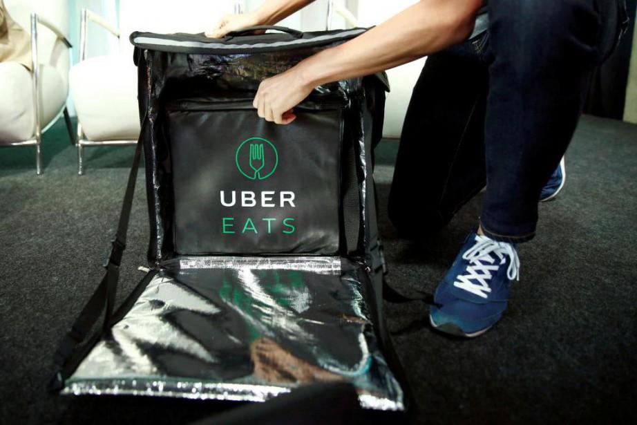 Uber a affiché cette semaine quatre offres d'emploi... (PHOTO ARCHIVES REUTERS)