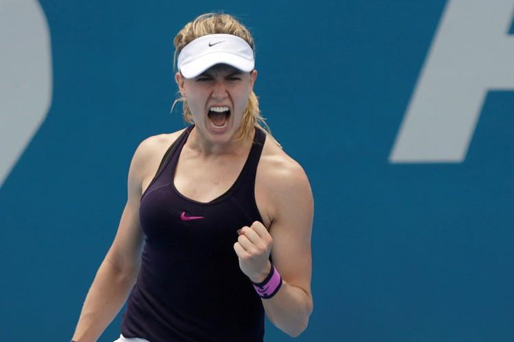 Eugenie Bouchard célèbre sa victoire contreDominika Cibulkova.... (PHOTO REUTERS)