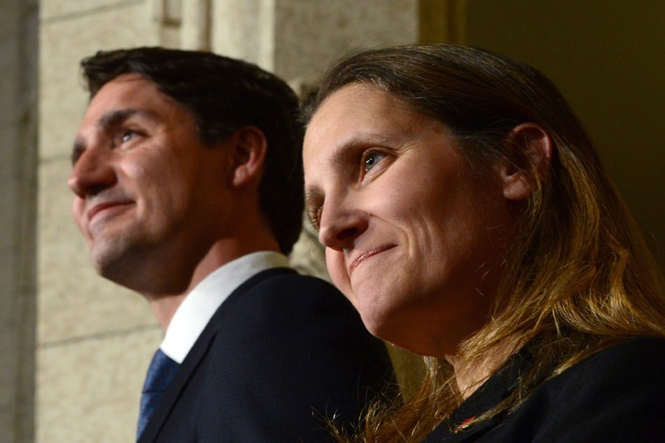 Petite-fille d'immigrants ukrainiens, Chrystia Freeland a été promue... (THE CANADIAN PRESS)
