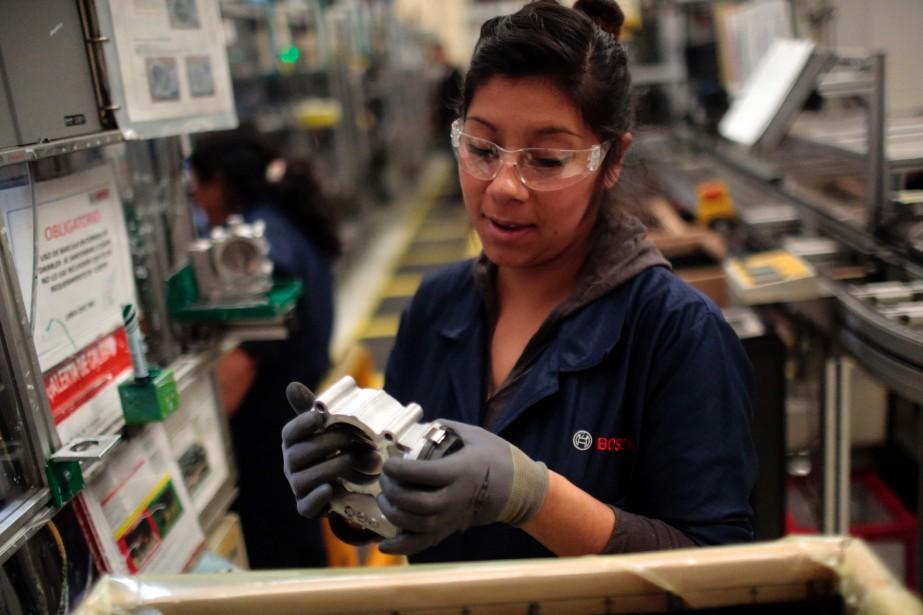 Une travailleuse chez Bosch, à San Luis Potosi. (AFP)
