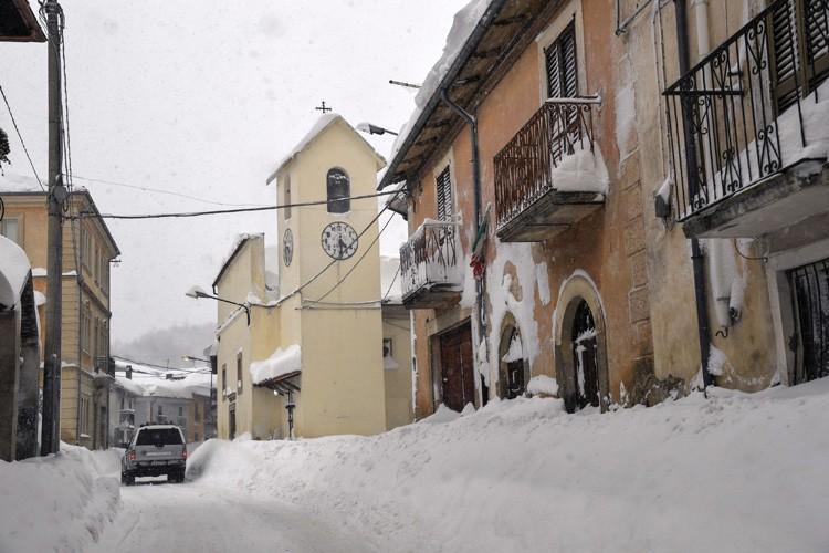 Selon la Croix Rouge italienne, des dizaines de... (PHOTO AFP)