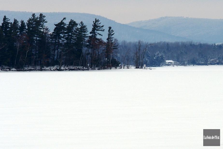 Sur cette photo, le lac Brome.... (Alain Dion, archives La Voix de l'Est)