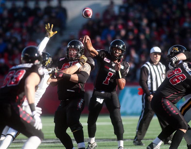 La deuxième saison du Rouge est Noir est couronnée de succès. En finale de l'Est, la bombe de Henry Burris à Greg Ellingson procuré ce gain de 35-28 au Rouge et Noir. Il participera au match de la coupe Grey contre les Eskimos d'Edmonton. | 24 janvier 2017
