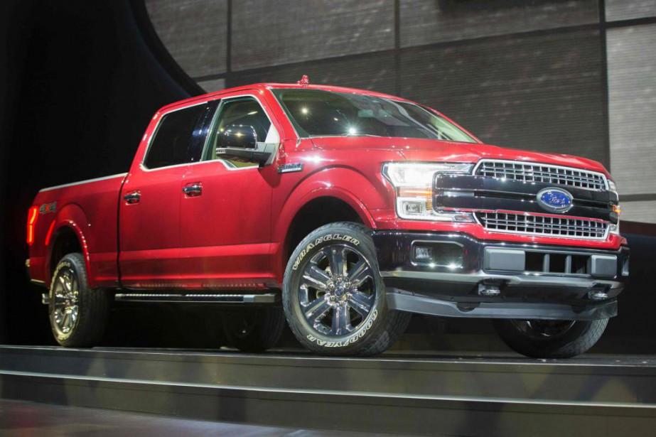 L'édition 2017 de la camionnette F-150 de Ford est devenue le premier véhicule sur le marché à hériter d'une boîte à 10 rapports. Elle y est jumelée à un V6 Ecoboost biturbo de 3,5 litres. (PHOTO GEOFF ROBINS, ARCHIVES AGENCE FRANCE-PRESSE)