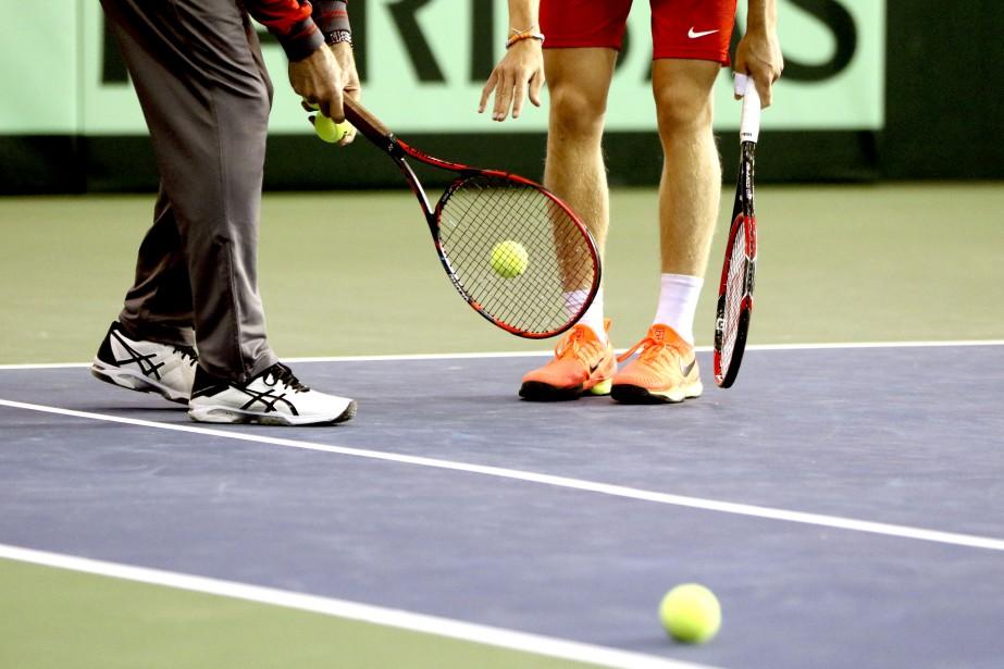 La surface pour la Coupe Davis est très rapide selon les joueurs, ils doivent bien la tester à l'entraînement. | 31 janvier 2017