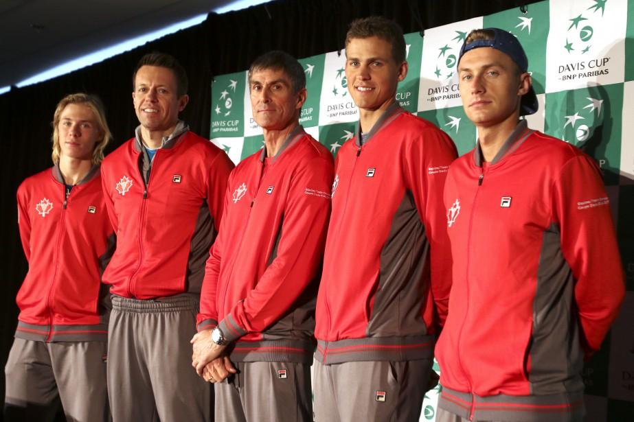 Denis Shapovalov, Daniel Nestor, Martin Laurendeau, Vasek Pospisil et Peter Polansky représentent le Canada à la Coupe Davis. | 31 janvier 2017