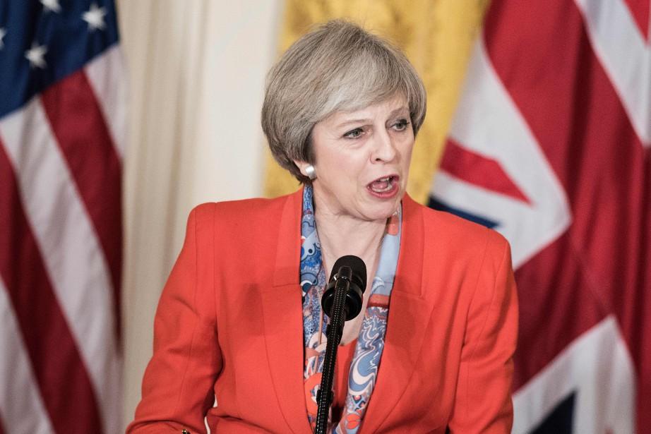 Theresa May... (Photo Brendan Smialowski, archives Agence France-Presse)