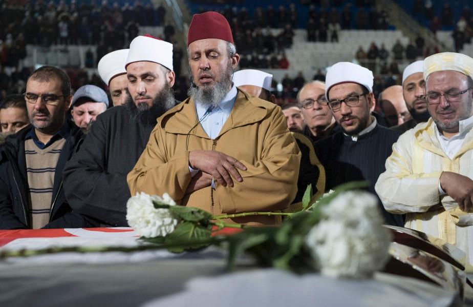 La grosse majorité des participants étaient de confession musulmane. Ils voulaient témoigner leur appui aux familles éprouvées. (AFP, Paul Chiasson)