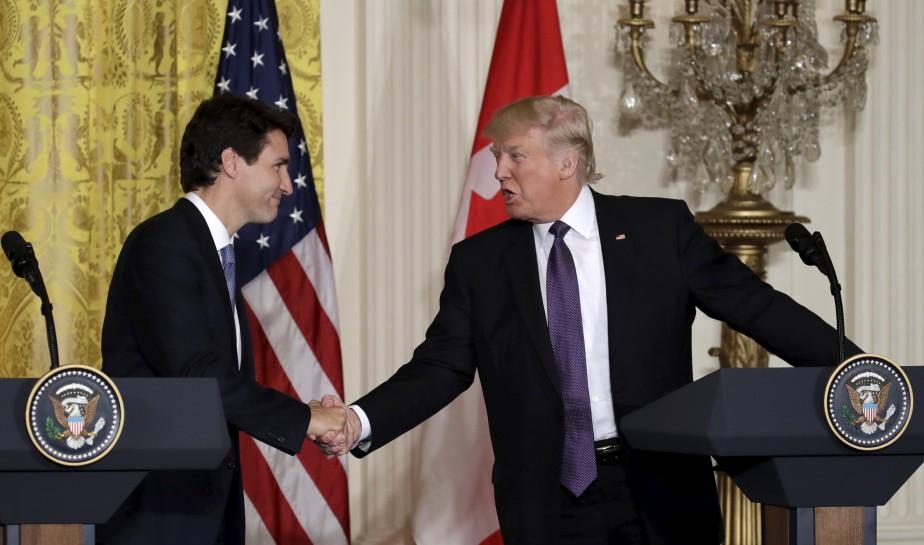 Au terme d'une rencontre qui a duré quelques heures, lundi, à Washington, le premier ministre canadien Justin Trudeau et le président américain Donald Trump se sont félicités de la bonne entente régnant entre les deux voisins nord-américains.  | 14 février 2017
