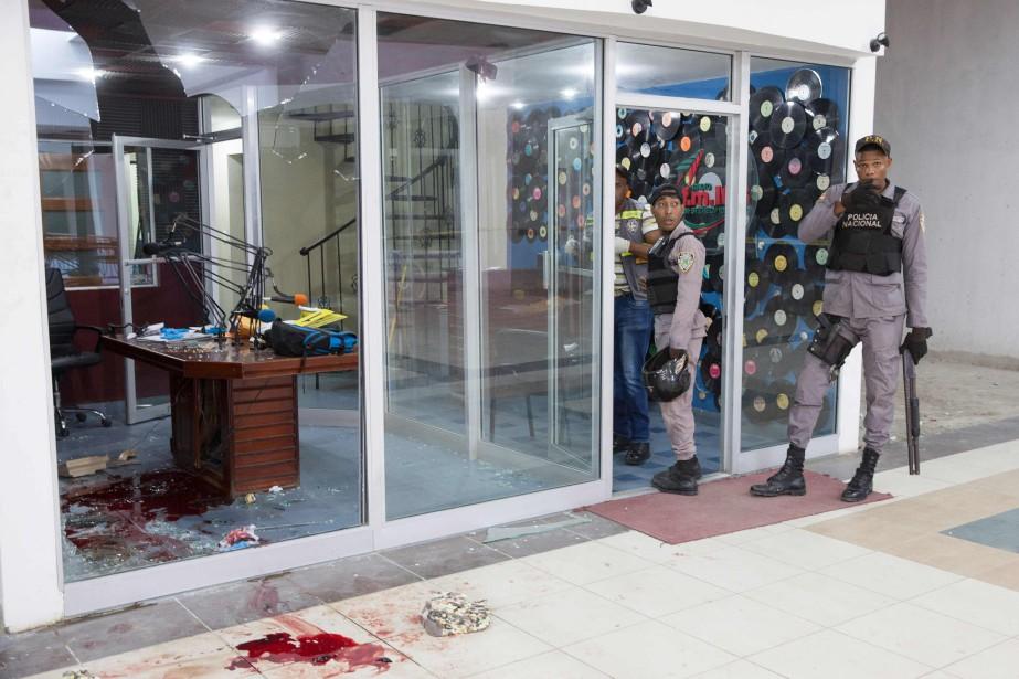 Mercredi matin, un important dispositif policier était déployé... (Photo Agence France-Presse/STR)