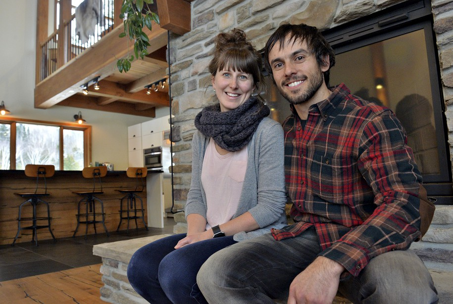 Marie-Hélène Montpetit, 36 ans, et Sean O'Neill, 34 ans, ont emménagé dans leur maison en septembre 2014. | 15 février 2017