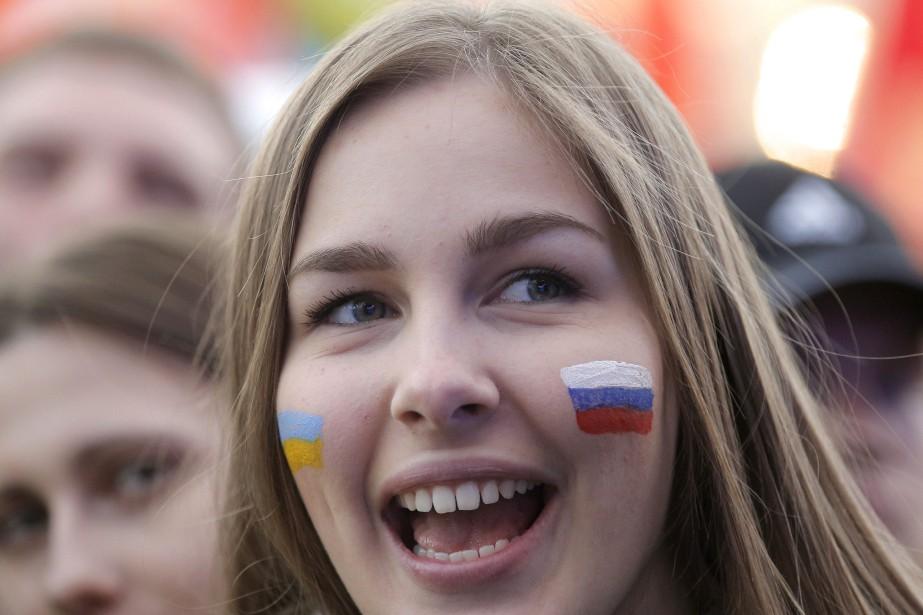 «Les citoyens ukrainiens et apatrides qui y résident»... (PHOTO Maxim Shipenkov, ARCHIVES AP)
