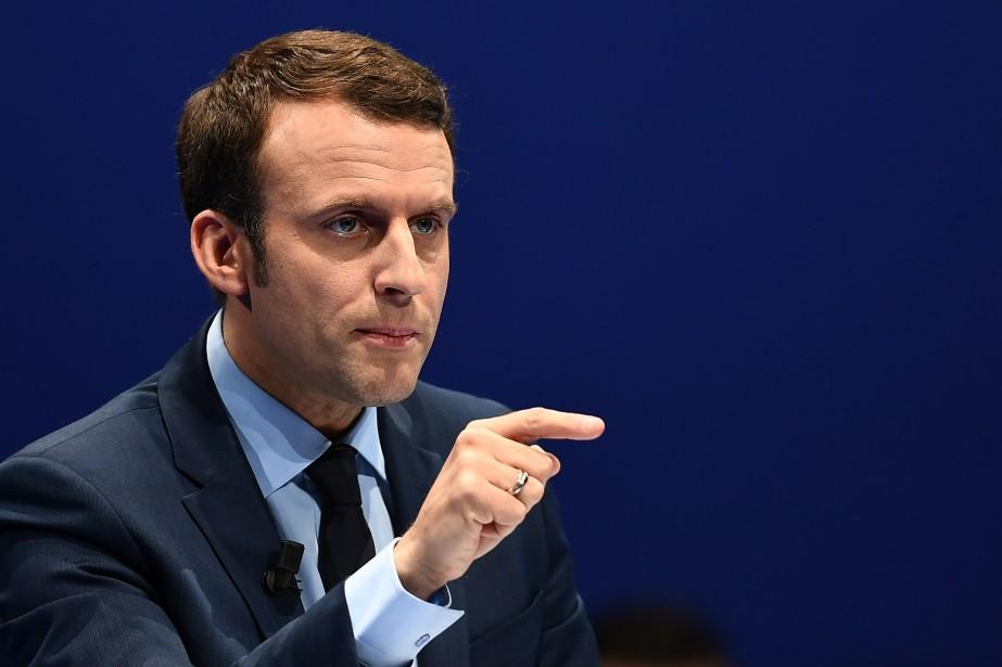 Emmanuel Macron pendant un discours à Toulon... (Archives, Agence France-Presse)