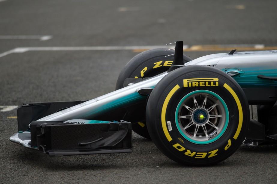 Vue de la partie avant de la Mercedes W08 EQ Power+, lors de la présentation de la nouvelle voiture de F1. (AFP)