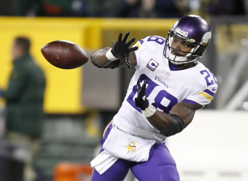 Le temps presse pour Adrian Peterson et les Vikings... (Photop Matt Ludtke, AP)