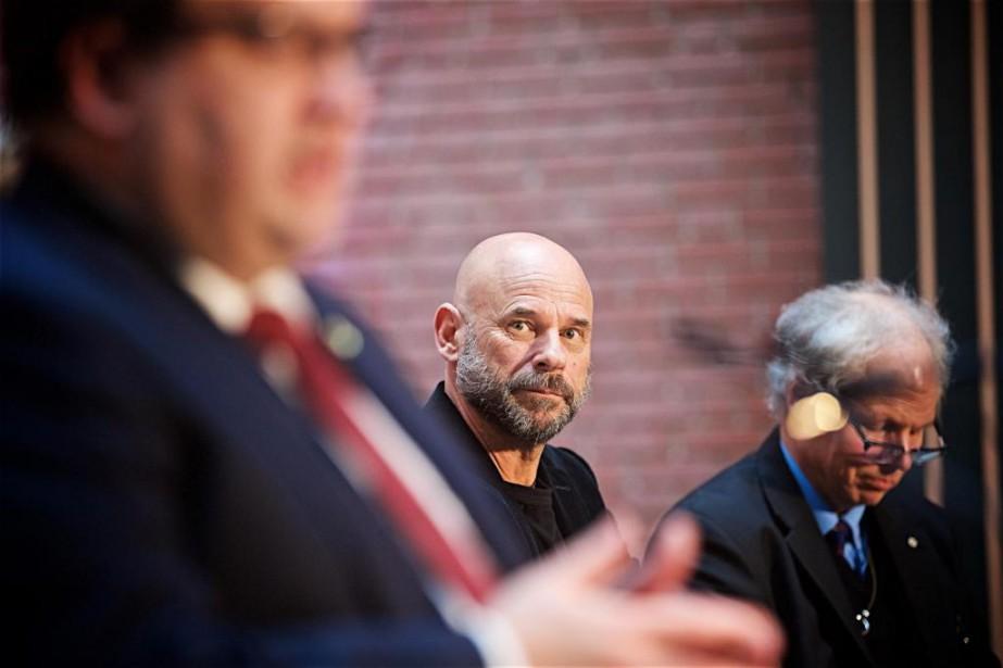 Guy Laliberté a annoncé hier l'établissement du siège... (Photo André Pichette, La Presse)