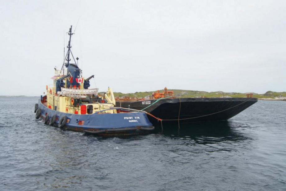 Les embarcations de l'entreprise Les barges de Matane... (Photo fournie par Davis Shipping Limited)