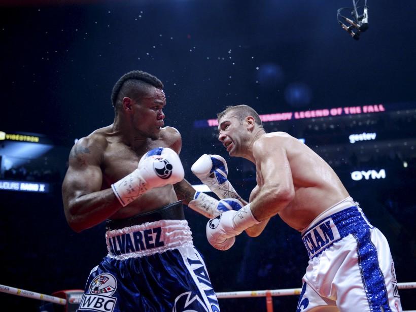 Sixième combat (175 lb - 12 rounds):Lucian Bute (à droite)... | 2017-02-24 00:00:00.000