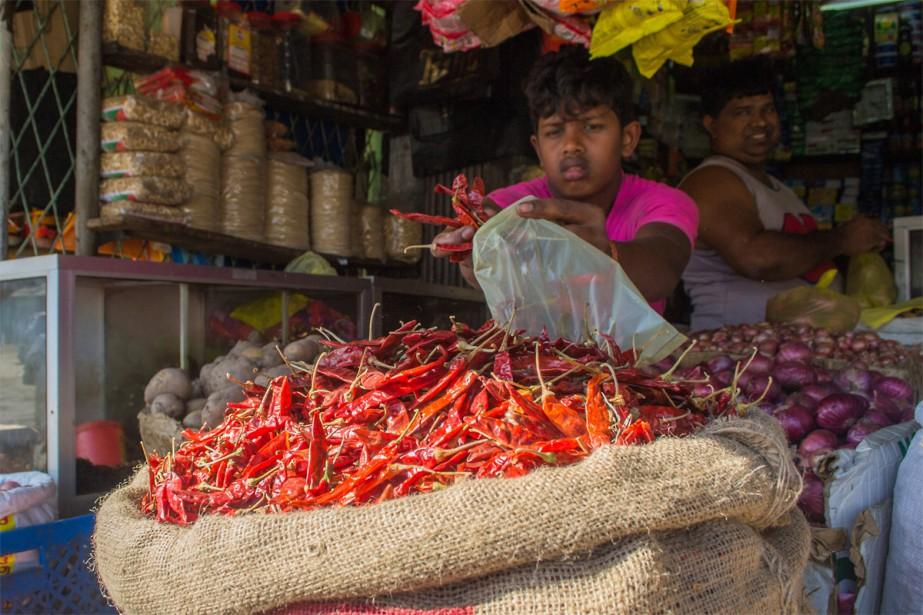 Les marchés de Pettah offrent l'occasion d'acheter parmi... (Photo Joëlle Girard, collaboration spéciale)