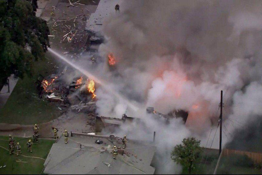 Les images de télévision locales ont montré les... (Photo Twitter / Fox 5 San Diego)