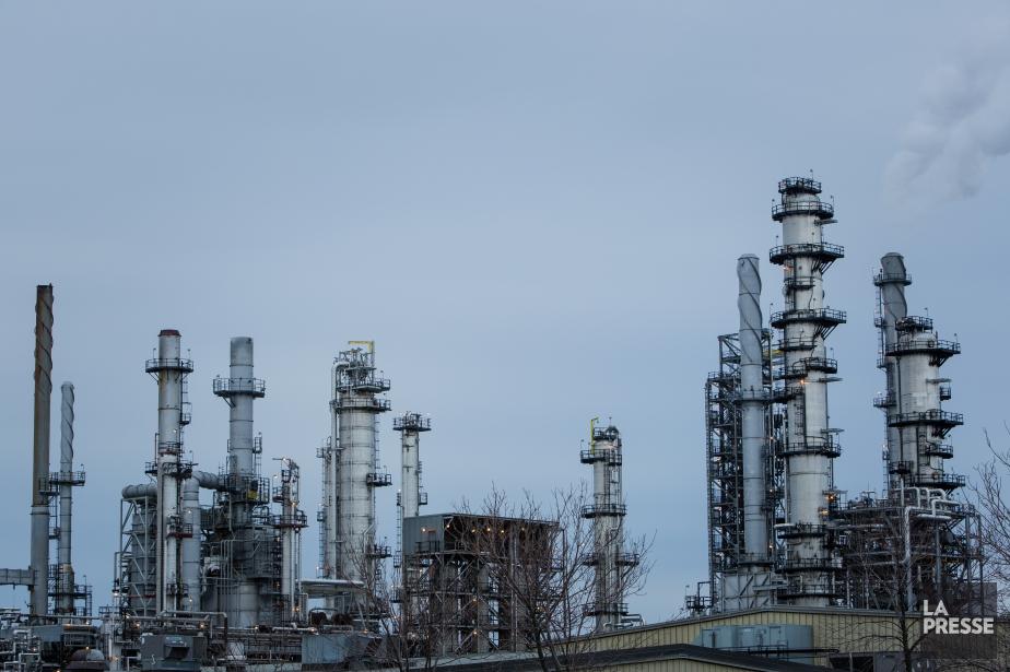 La raffinerie Jean-Gaulin d'Énergie Valero à Levisa rejeté... (Photothèque La Presse)