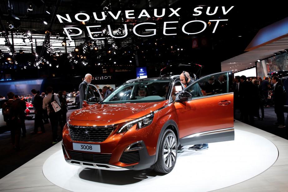 La Peugeot 3008 lors de son dévoilement l'an dernier à Paris. Elle est en lice pour le titre de voiture de l'année. (REUTERS)